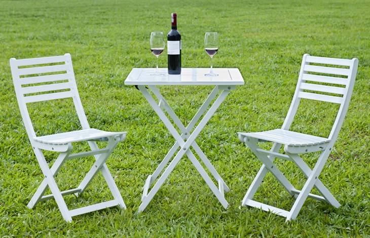 Square 2 Person Acacia Hardwood Bistro Setting in White